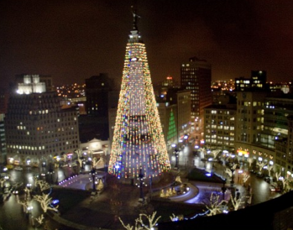 Soldiers and Sailors Monument Christmas Tree